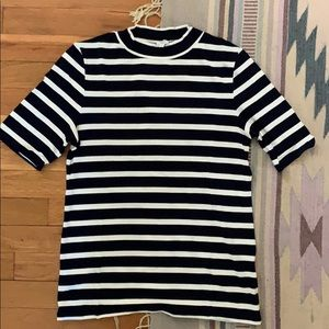 Navy and white striped shirt from Mille no. 6
